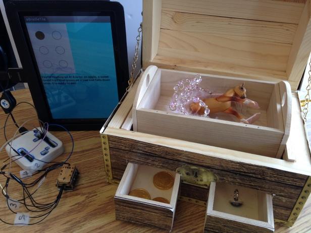 App Simulator and Treasure Box
